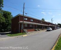 101 Estes Ave, Weirton, WV