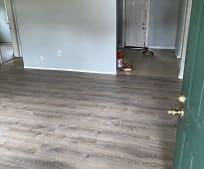 2104 E Juneau St, 33604, FL