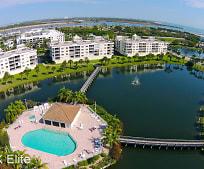 8911 Lake Dr, Cape Canaveral, FL