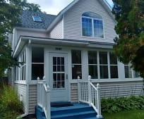 Building, 1007 Dewey Ave NE