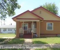 305 W 7th St, Junction City, KS