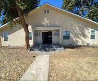 1520 S Orange Ave, 93702, CA