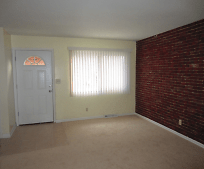 Living Room, 5625 Ironwood Ct
