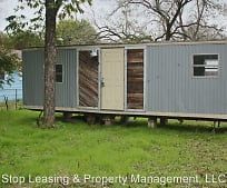 504 Rivers St, Smithville, TX