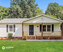 303 Oak St, Gibsonville, NC