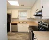 Kitchen, 336 London Pride Rd