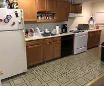 Kitchen, 922 E 16th St