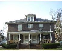 Building, 923 N Washington St