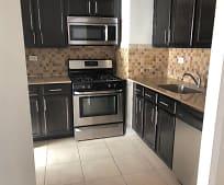 Kitchen, 3333 Riverside Dr