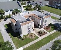241 E Seminole Ave, 33853, FL