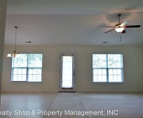 201 Bell Ave, Maysville, NC
