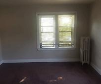 Living Room, 701 N Walnut St