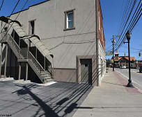 134 W Main St, Buckhannon, WV