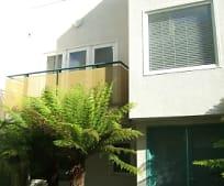 811 21st St, La Riviera, CA