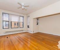 Living Room, 2155 W Ainslie St