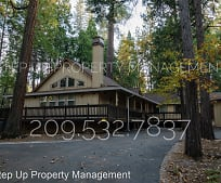 23073 Sierra Dr, Twain Harte, CA
