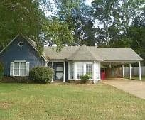 4550 Columbia Woods Ln, Millington, TN