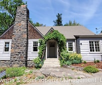 509 W 6th St, Dallesport, WA