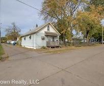 1416 Garden Ave, West End, Davenport, IA