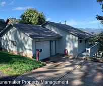 802 Mollie Ave, Hood River, OR