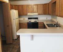 Kitchen, 420 Cedar St