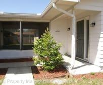 4587 Essex Ln, Spring Hill, FL