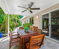 2167 NE 58th St, Imperial Point, Fort Lauderdale, FL