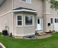 620 N Fairfield Rd, Farmington, UT