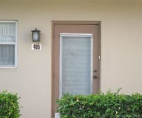 5003 NW 35th St, Lauderdale Lakes, FL