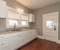 Kitchen, 908 High St