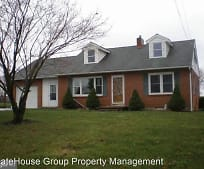 2721 Maytown Rd, Bainbridge, PA