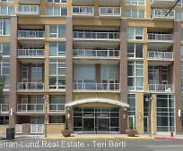 Building, 255 N Sierra St