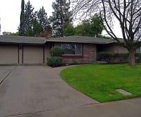 4810 American River Dr, Arden Middle School, Sacramento, CA