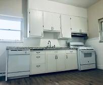 Kitchen, 447 Elm Rd