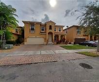 15511 SW 42nd St, Westwood Lakes, FL