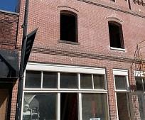 Building, 314 W B St