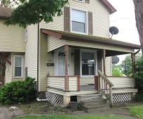 125 Churchill Rd, Niles, OH
