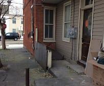Building, 451 Salem Ave