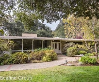46 Marianna Ln, Emerald Lake Hills, CA
