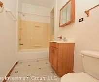 Bathroom, 2915 W 60th St