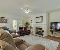 Living Room, 514 Mingo Ln