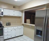 Kitchen, 168 Scandia Cir