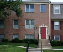 Building, 5972 Westchester Park Dr