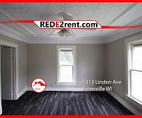 1413 Linden Ave, Franklin Middle School, Janesville, WI