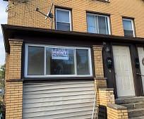 427 Freeport Rd, New Kensington, PA