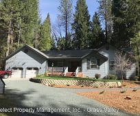 13702 N Bloomfield Rd, Grass Valley, CA