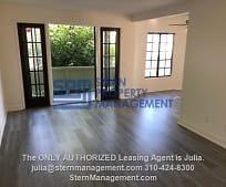Living Room, 408 N Venice Blvd
