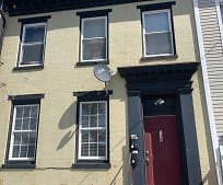 139 N Queen St, York, PA