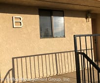 747 Chestnut Ave, Beaumont, CA