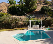 926 Groton Dr, Hillside District, Burbank, CA